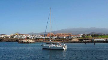 Прогулка на яхте вдоль побережья Тенерифе